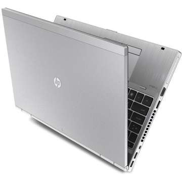 Laptop second hand HP EliteBook 8560p i7-2620M 2.70GHz 4GB DDR3 HDD 320GB Sata AMD Radeon HD 6470M 1GB DVD-RW 15.6inch 1600x900