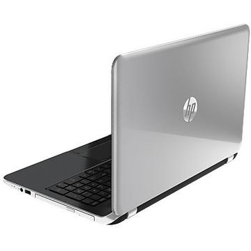 Laptop second hand HP Pavilion 15 i3-4030U 1.9 GHz 4GB DDR3 320GB HDD DVD-RW 15.6 Inch Webcam