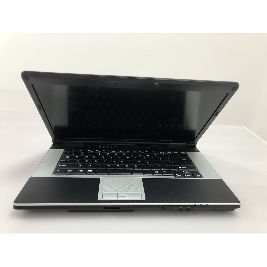 Laptop second hand Siemens E742 Intel Core i5-3320M 2.60Ghz up to 3.30Ghz 4GB DDR3 250GB HDD DVD 15.6 inch Full HD HDMI USB 3.0